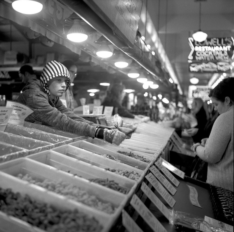 Black and white photography by Matthew Thompson shot on ILFORD HP5+ film