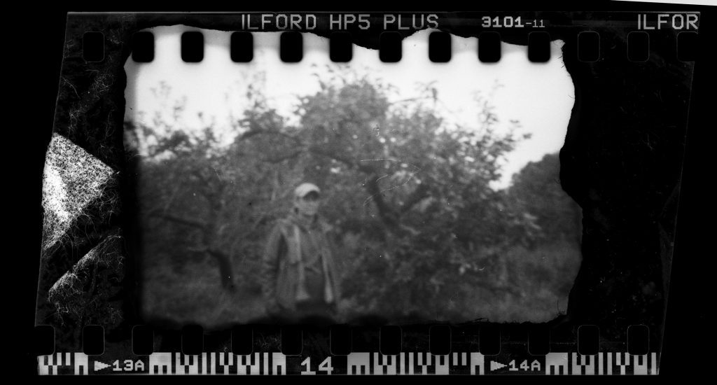 Black and white film image shot in a apple pinhole using ILFORD HP5+ film by Derek Mann