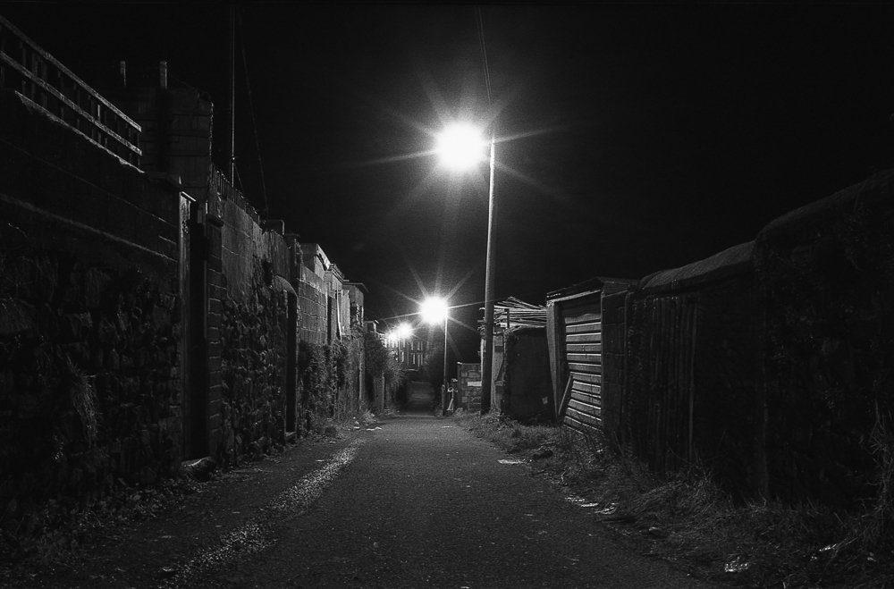 Black and white films image by @timdobbsphoto for #ilfordphoto #fridayfavourites #autumn theme