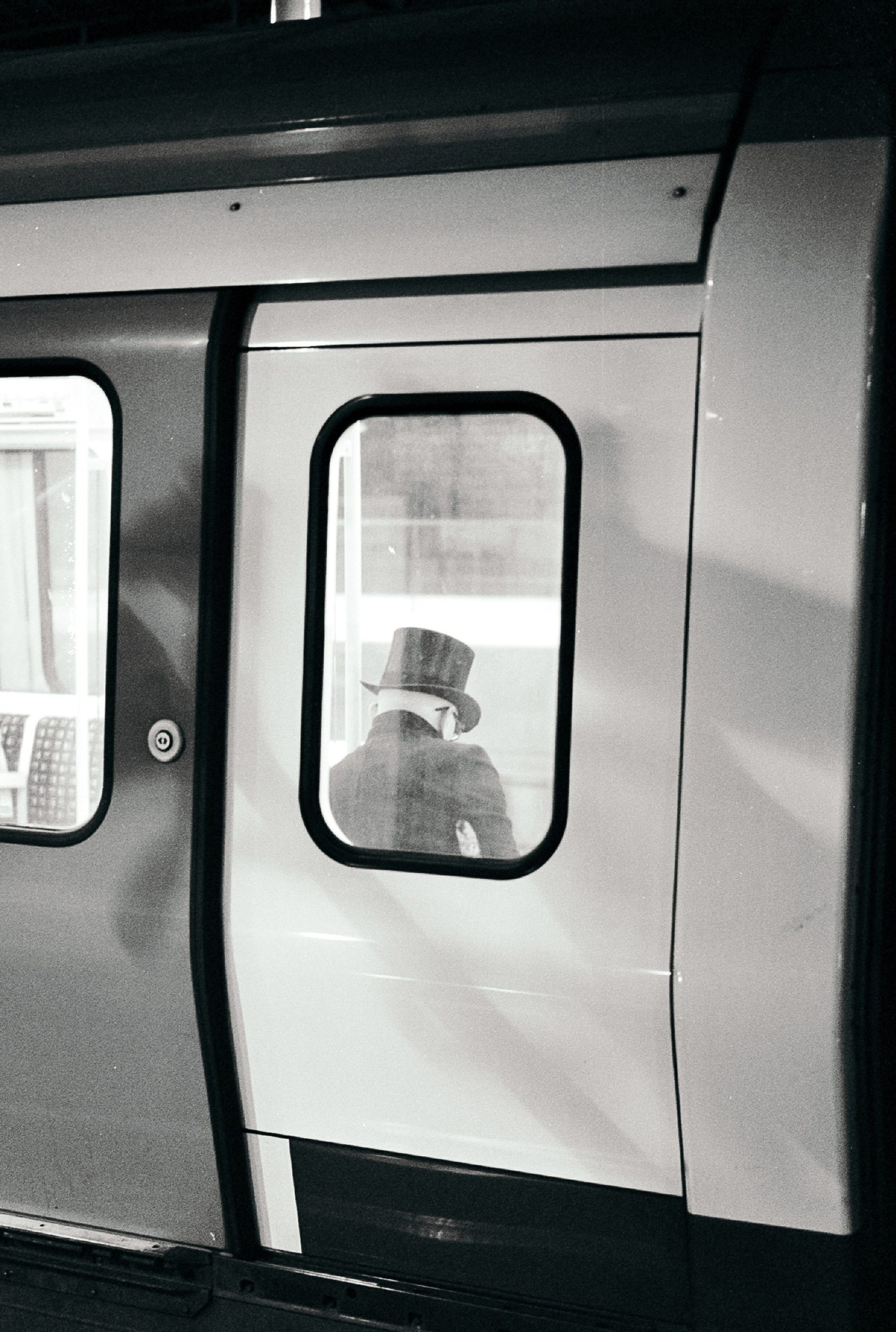 Black and white negative shot on ILFORD XP2 Super film by Simon King
