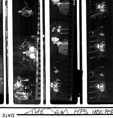 @ian_onahillroad 4h4 hours ago Hootlet More #hp5 at #1600asa in Acutol The old contact sheets are great to rummage through! Must print these again sometime. The Jam 1979. #thejam #ilfordphoto #fridayfavourites #contactsheets #filmsnotdead #loughboroughuniversity