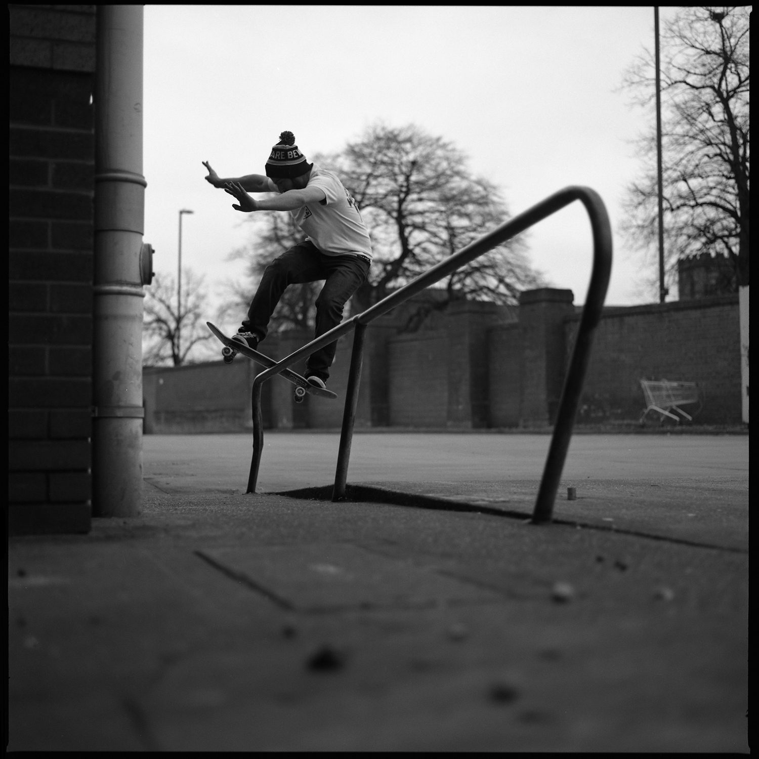Skate documentary photography shot on black and white film ilford