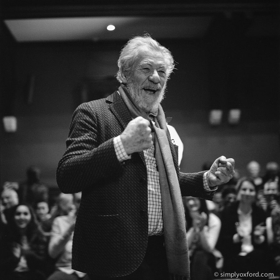 @simplyoxford · 2 Aug Here's my entry for  @ILFORDPhoto   #fridayfavourites #mediumformat #ilfordphoto  Sir Ian McKellen at the Oxford Union.   #Rolleiflex 2.8F, Ilford HP5 #film (pushed to ISO 1600).