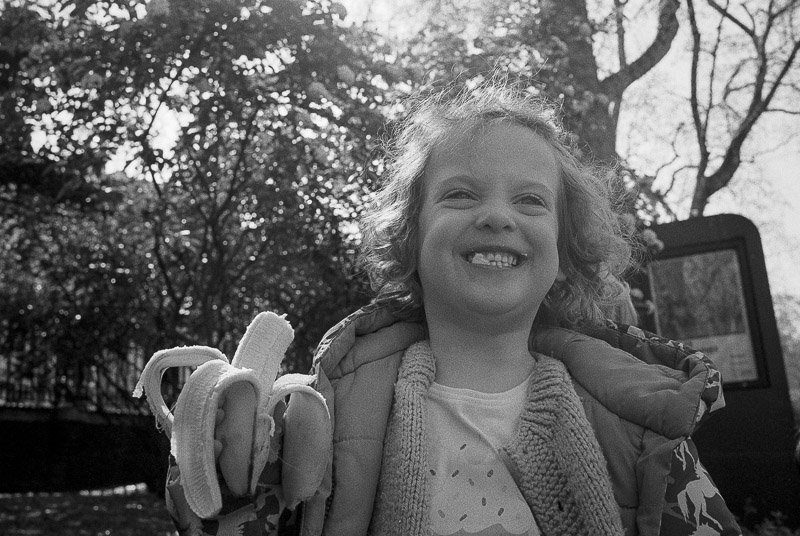 @paulasmithphoto This weeks @ILFORDPhoto theme is #smiles. I couldn't resist this one of my cheeky daughter. Taken on #HP5+ 35mm film rated at 800, developed in Ilfotec 1+31 for 9.5mins #ilfordphoto #fridayfavourites #believeinfilm