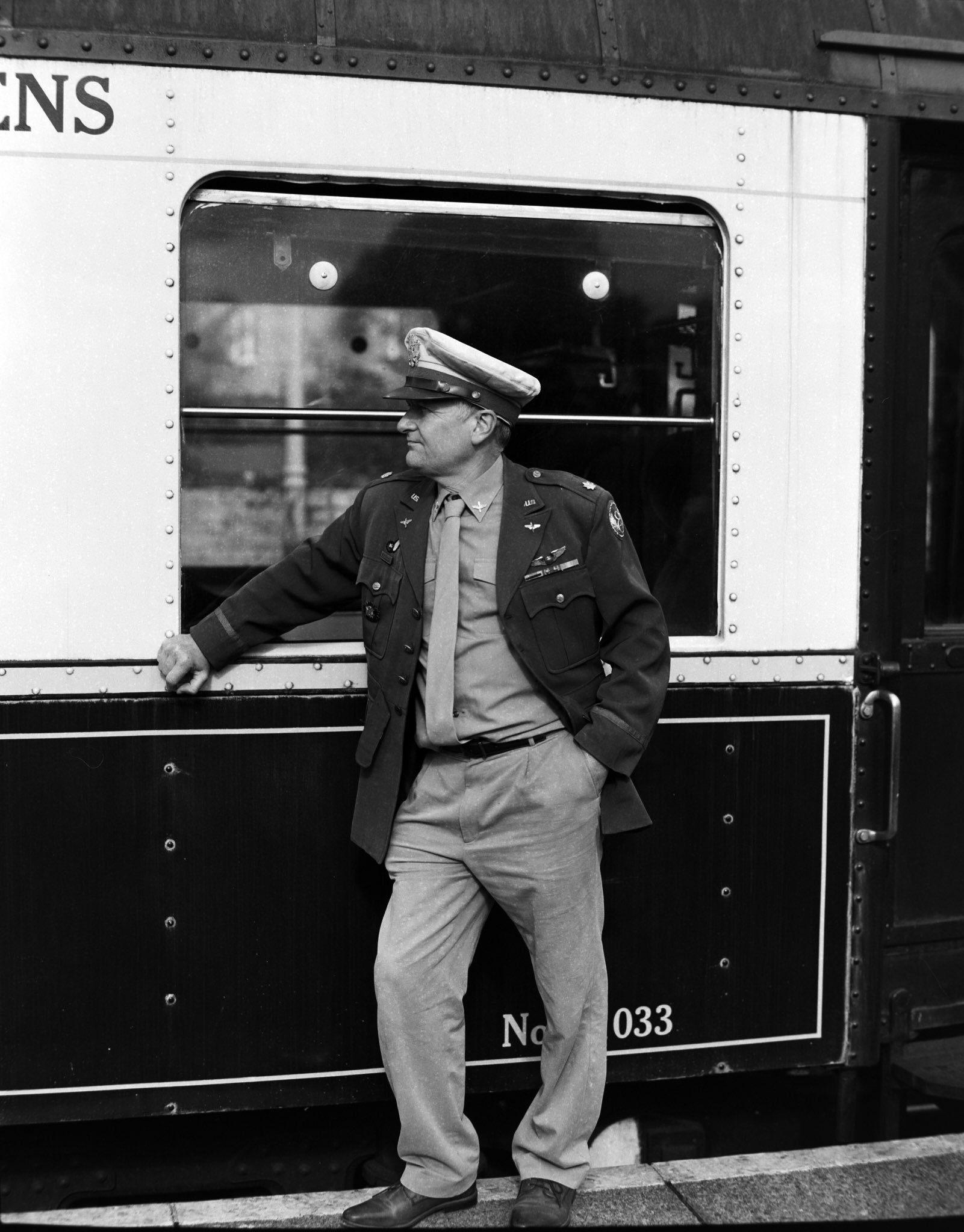 @fatmanjoe1 · 3h Replying to  @ILFORDPhoto Wartime at Wansford shot on FP4 on my Pentax 67 #ilfordphoto #fridayfavourites #6x7
