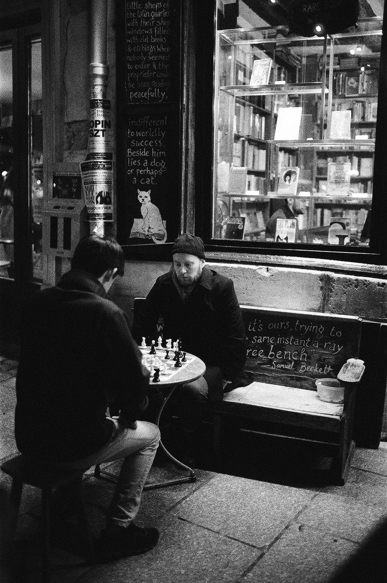 @BlkWhiteFilmPix · 5h Replying to @ILFORDPhoto Even on a cold winter night, Shakespeare and Co brings out Paris intellectual side. #IlfordDelta3200 #ilfordphoto #fridayfavourites #winter