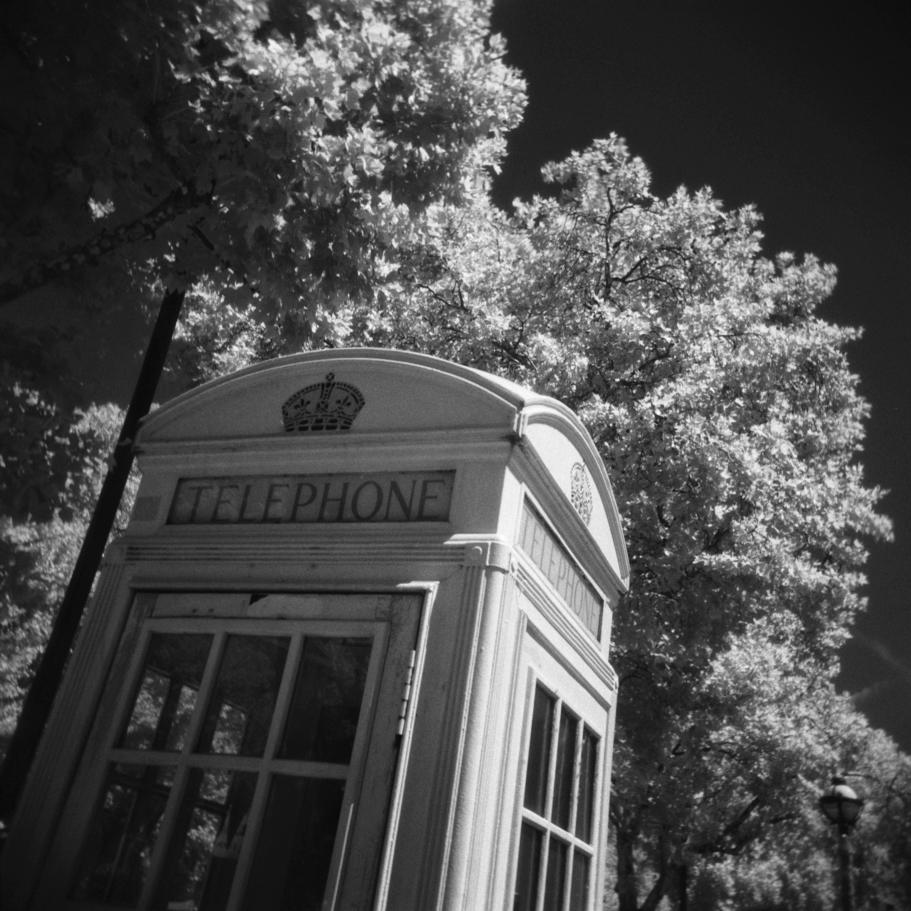 @Givemeabiscuit Today's Archive photo Telephone Box series Holga #ilfordphoto #fridayfavourites #specialistfilm #ilfordsfx #believeinfilm