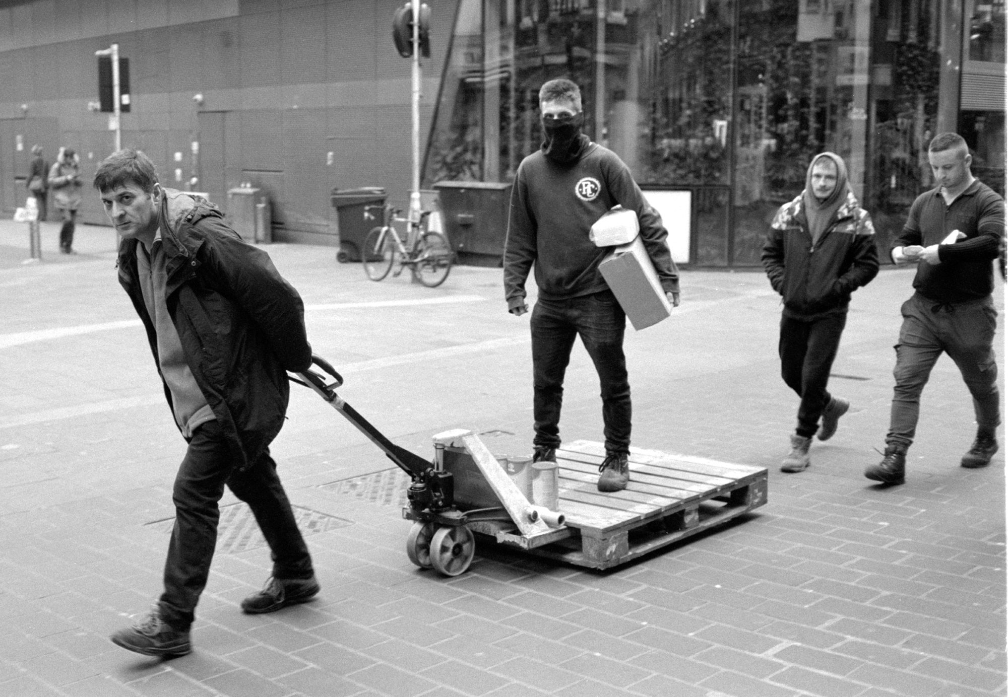 Kentmere 400 @400. Chinatown, London, 2020. Leica M6.