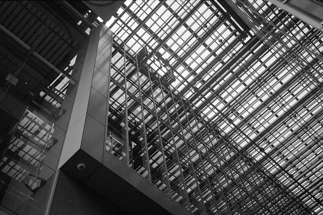 kunishi Grid pattern. Olympus 35RC Ilford XP2 Super 400 #olympus35rc #ilfordxp2super400 #filmphotography #film_jp #film_japan #filmisalive #filmisnotdead #35mmfilm #35mmphotography #35mmfilmphotography #35mmstreetphotography #ilfordphoto #fridayfavourites #monochrome #monochromephotography #bnw #bnwphotography #blackandwhite #blackandwhitephoto #blackandwhitephotography #instablackandwhite #bw #bwphoto #bwphotography