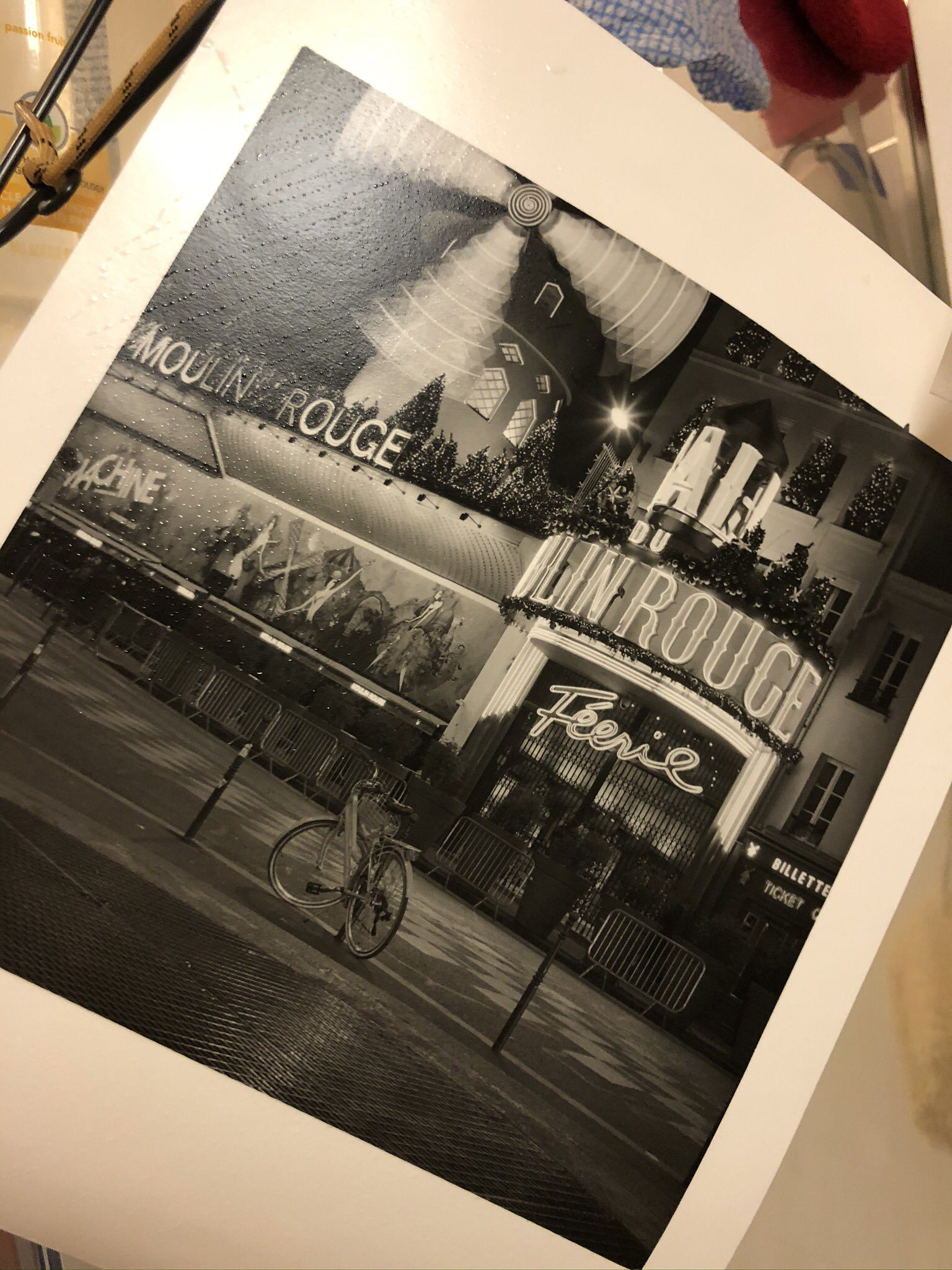 @Trend2signif · Sep 17 Replying to @ILFORDPhoto For this #fbprint #fridayfavourites for #ilford photo I present a fibre print of a well known spot in Paris! Here it is drying.