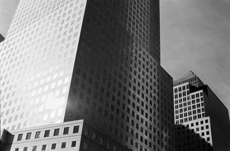 Black & white film photography by Sandeep Sumal NewYork_HP5_OlympusOM1n