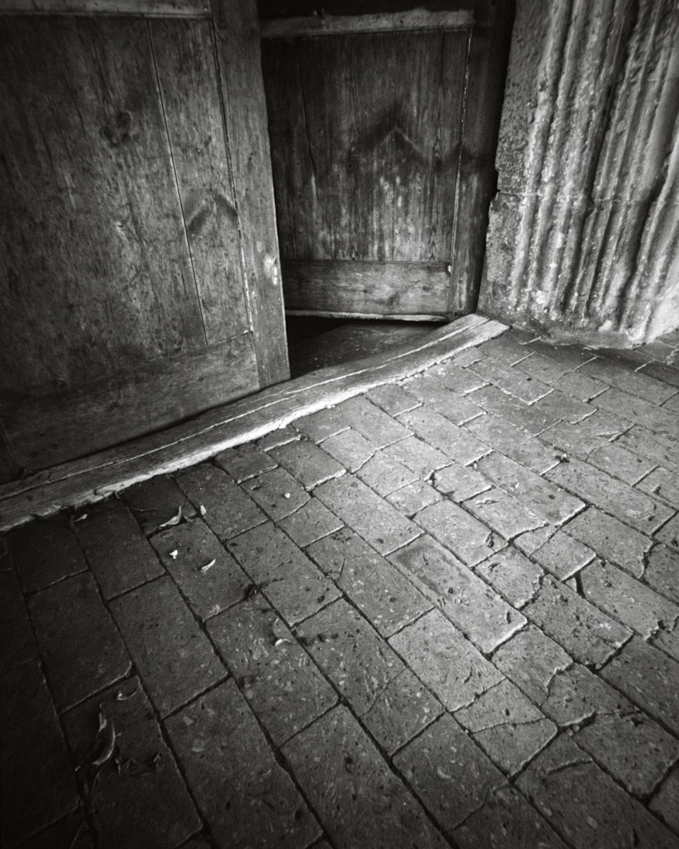 Door-Pinhole-FP4