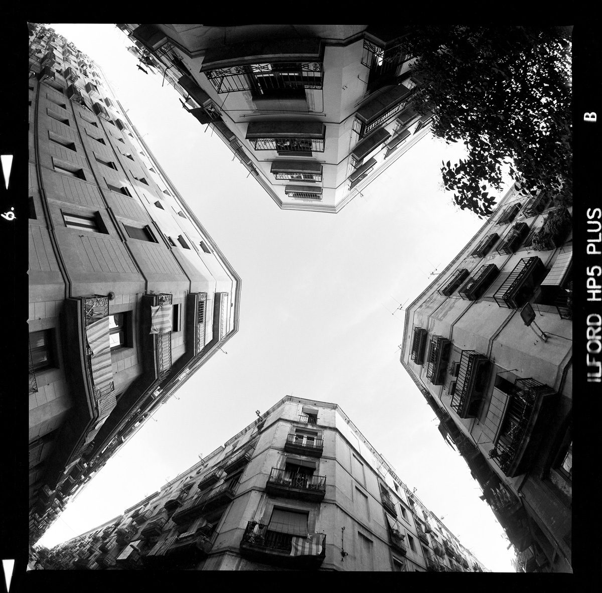 Raval,-Barcelona---Hasselblad-503CX-and-30mm-Distagon-lens