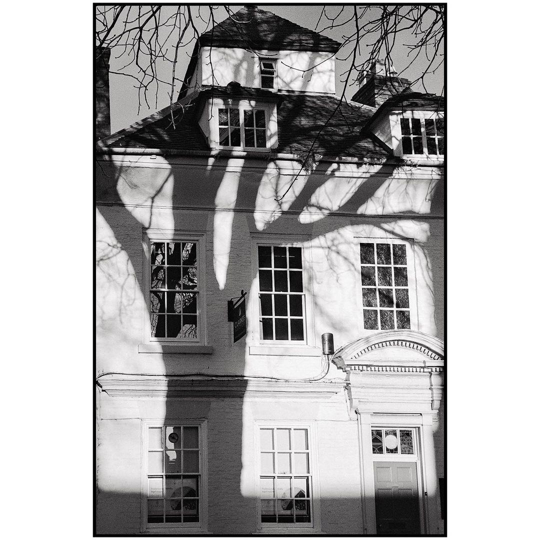 denispkelly Shrewsbury, Shropshire, UK. January 2021. . . . . . #shrewsbury #shropshire #shadow #treeshadow #architecture #olympus35RC #ilfordxp2super400 #blackandwhitefilm #analogue #ishootfilm #istillshootfilm #filmphotography #filmforever #believeinfilm #bnw #bwphotography #blackandwhitephotography #blackandwhite #monochrome #filmisnotdead #bnwphotography #filmforever #shotonfilm #shootitwithfilm #bnw_captures #Ilfordphoto #fridayfavourites #treesonfilm