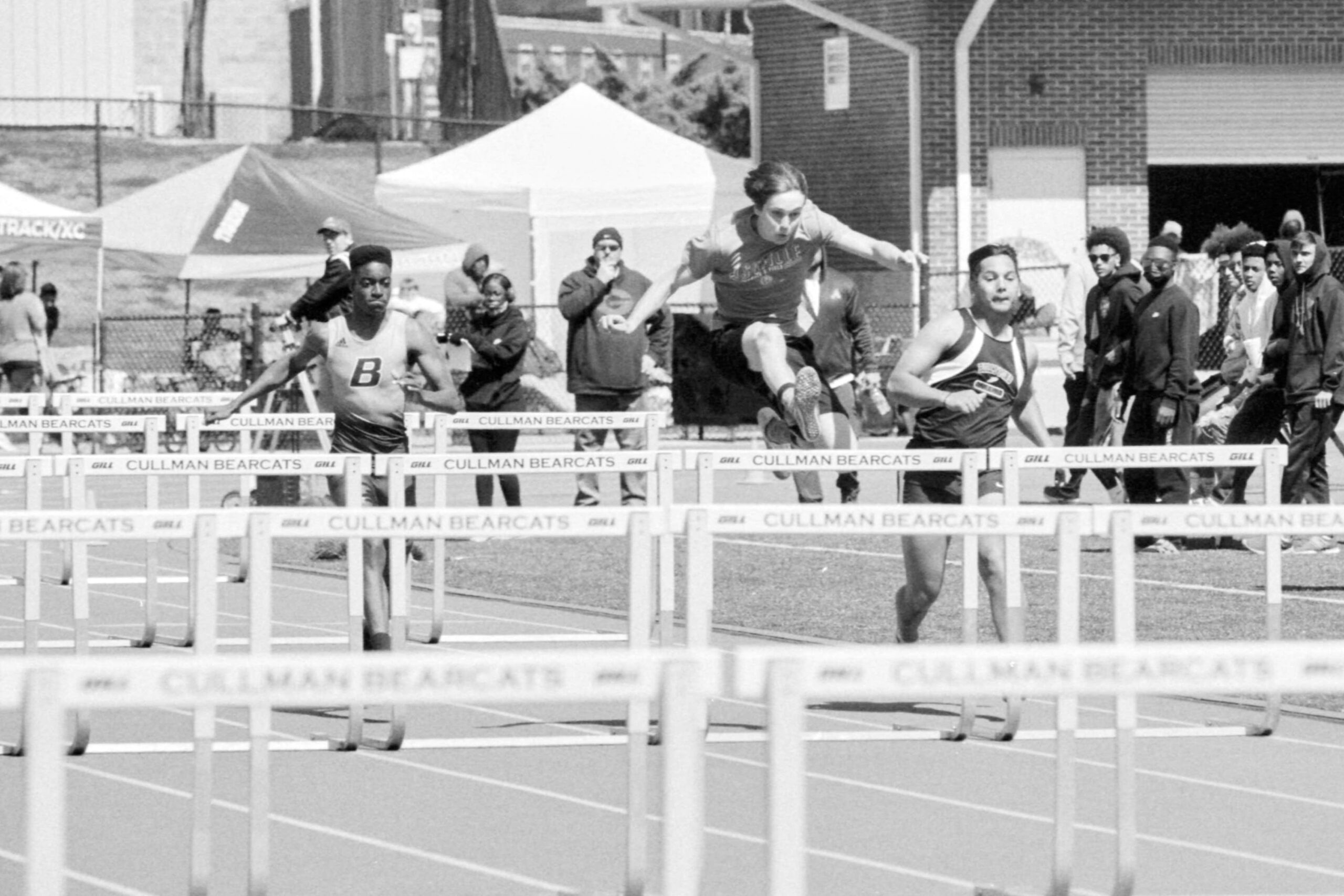 @bsanfordjr · 22h Replying to @ILFORDPhoto Fierce competition at the Cullman Classic track meet on March 20th 2021, Cullman Alabama US. Kentmere 400 developed in DD-X (1+4). #fiercefilm #ilfordphoto #fridayfavourites