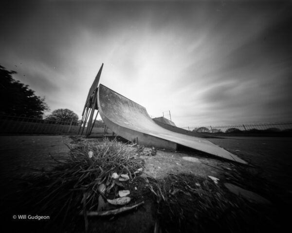@willgudgeon · Apr 29 Ready to launch Skate ramp Zero Image 4x5 pinhole camera Ilford Delta 100 film #pinhole #ilfordphoto #fridayfavourites #ffpinhole @ILFORDPhoto