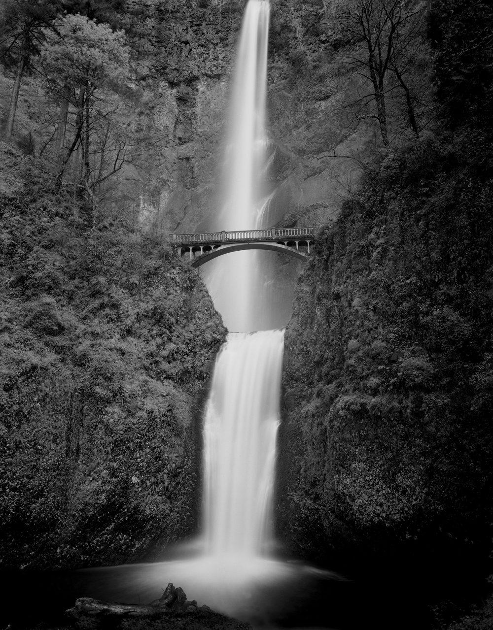 Multnomah-Falls-8x10-Ilford-HP5-Plus