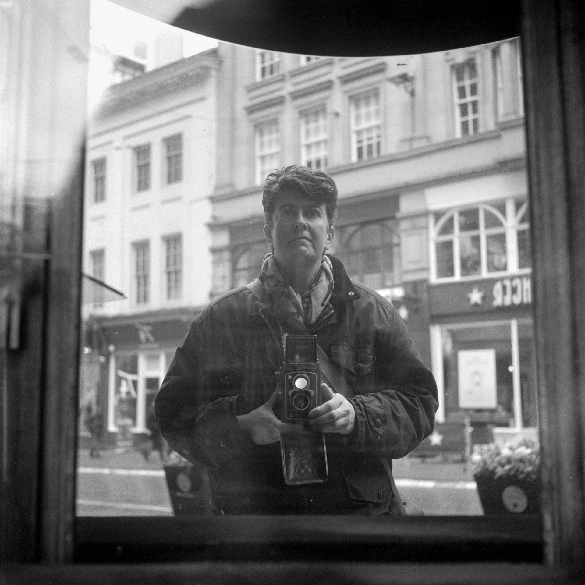 @paulasmithphoto · 2m Replying to @ILFORDPhoto A bit late in the day, but thought I'd post anyway. This was taken last year just before lockdown a photo walk for one in Birmingham. (I need a haircut already!) Taken Vivian stylie on a Rolleiflex Automat and Ilford HP5+ #ilfordphoto #fridayfavourites #meonfilm
