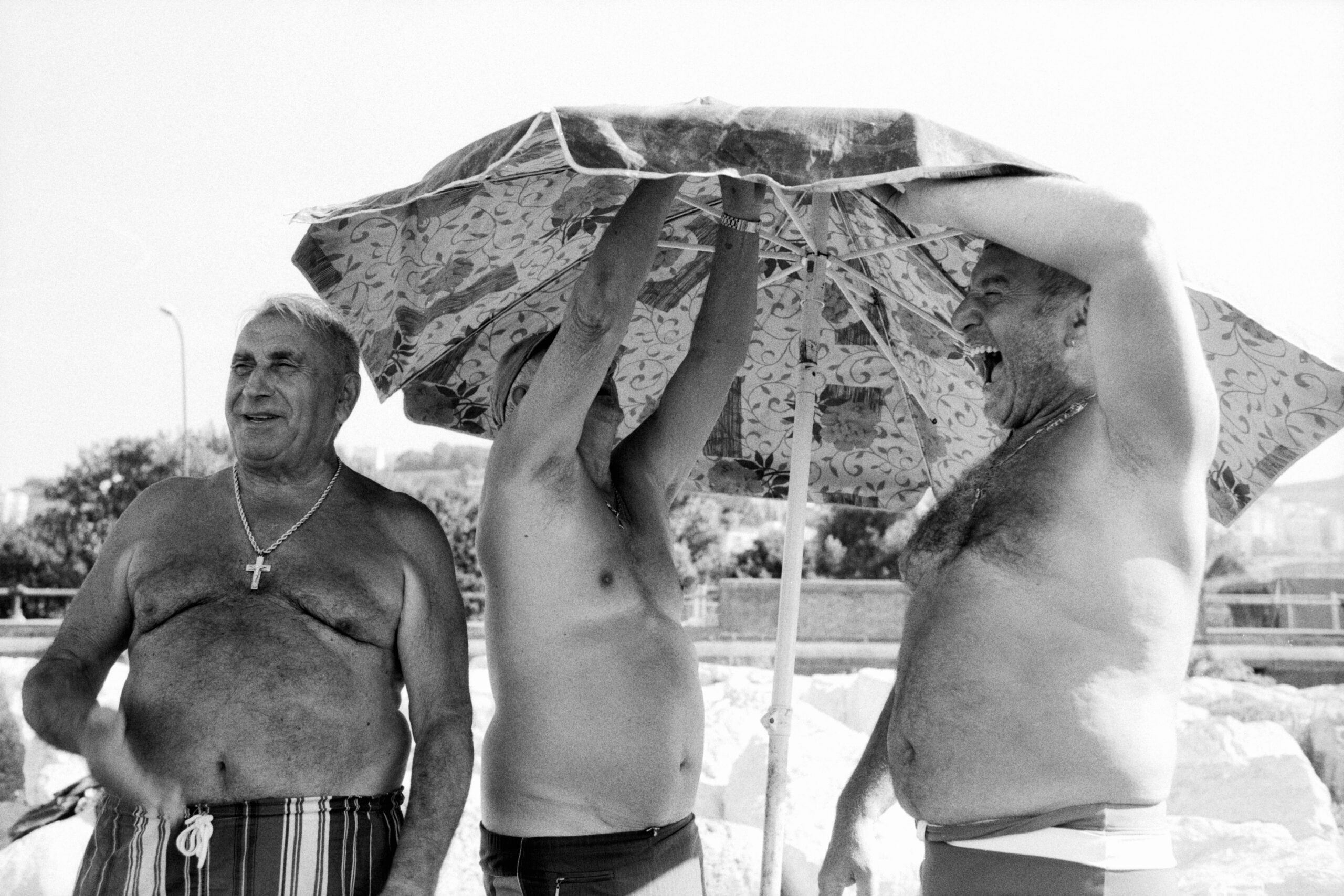 @iamtheregulator Napoli - M6, Summicron 35 asph, FP4 #ilfordphoto #fridayfavourites #35mmfp4