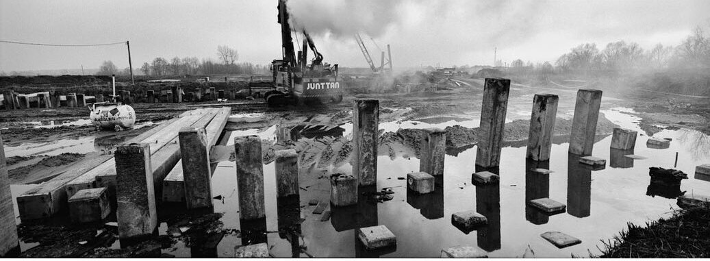 poloczanski_mikolaj M93 #hasselbladxpan #xpan #monovisions #a1 #ilford #ilfordfilm #ilfordphoto #ilfordxp2 #ilfordxp2super400 #bnw #bnwphotography #bnw_captures #analog #analogfilm #analogcamera #panorama #panoramiccamera #24x65 #filmnotdead #enjoyfilm #shootfilm #myfavouritefilm #fridayfavourites #panorama #concretefilm #ilfordphotopl #budowaa1 #skanska #ndi
