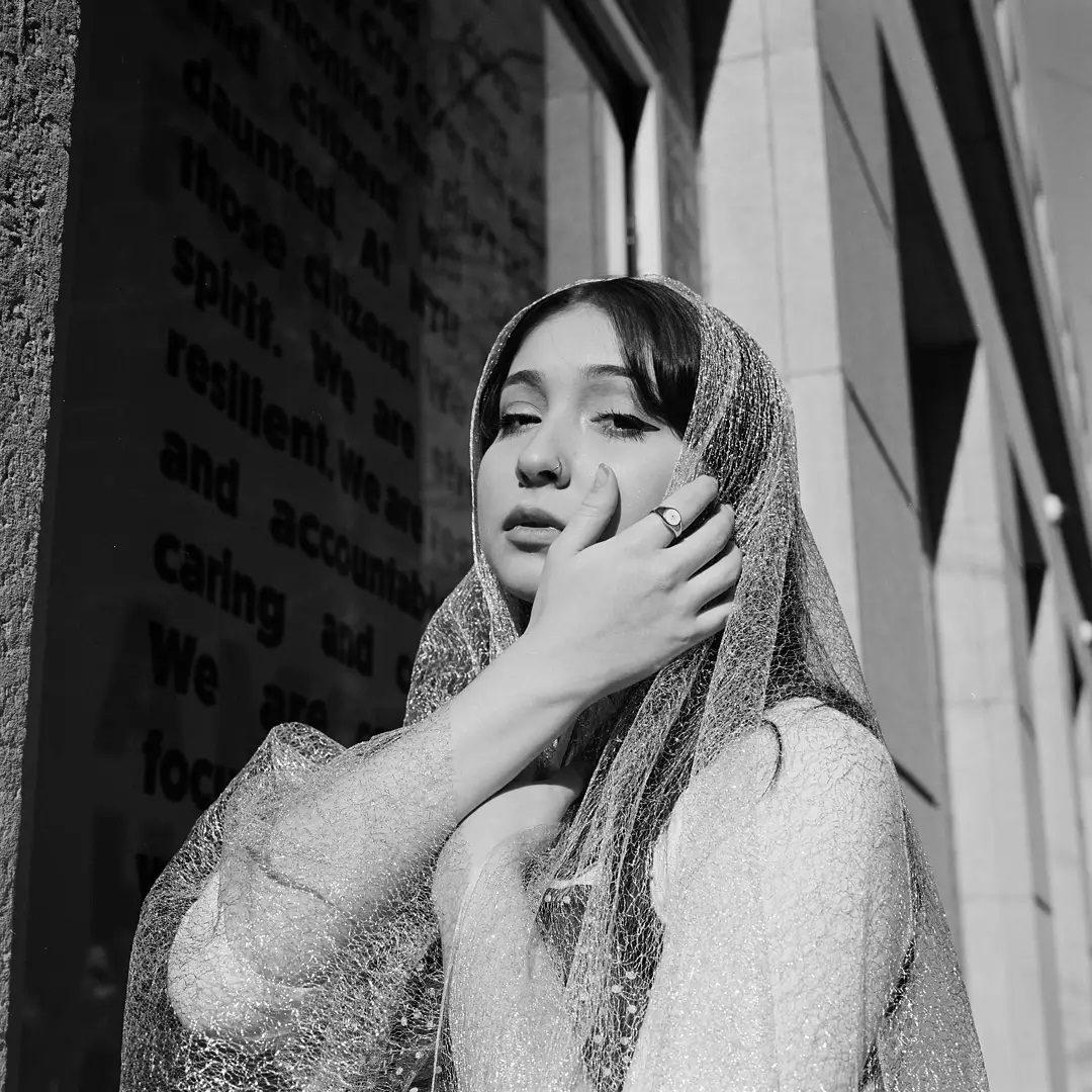 z.allaire Ilford XP-2 Hasselblad 500 C/M 6d z.allaire's profile picture z.allaire #fridayfavourites #ilfordphoto #ilfordxp2 #handsonfilm #120film #hasselblad #hasselblad500cm #analogueportraits #blackandwhite